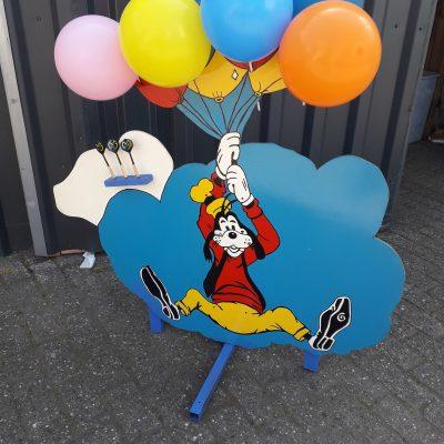 Goofy's ballon dart